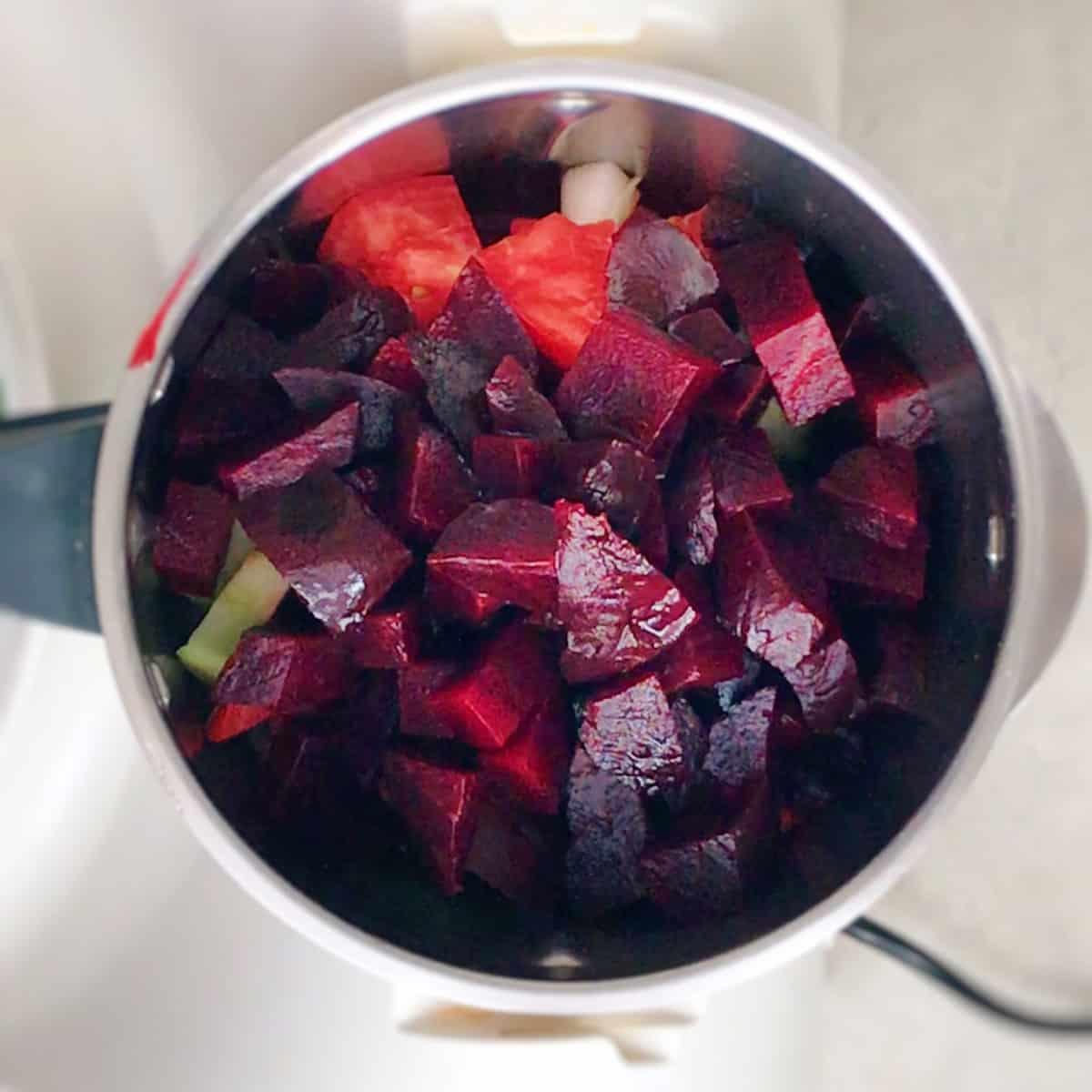 gazpacho de remolacha y tomate