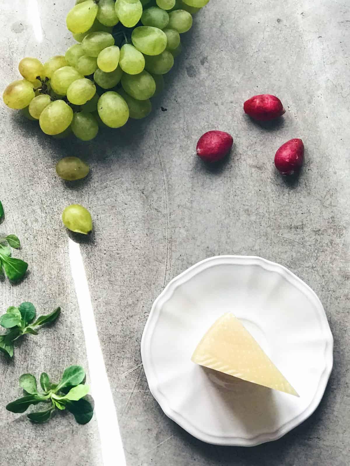 Ingredientes de la ensalada de canónigos