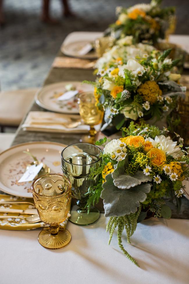 Cómo poner la mesa bonita verde y amarilla
