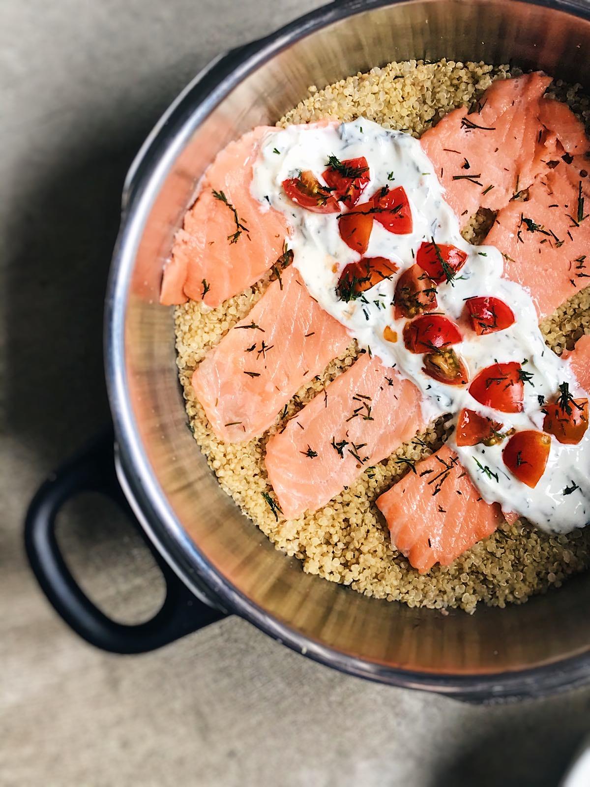 quinoa saludable con salmón