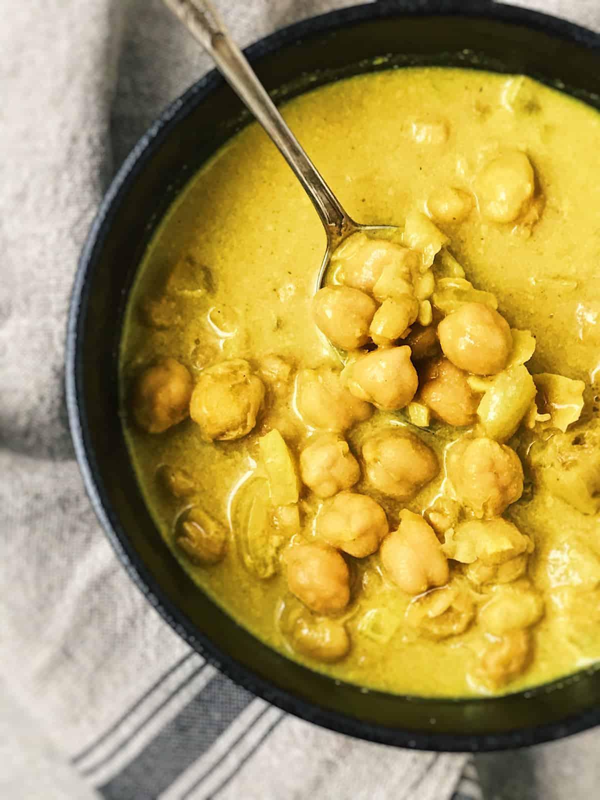 receta facil de sopa de garbanzos