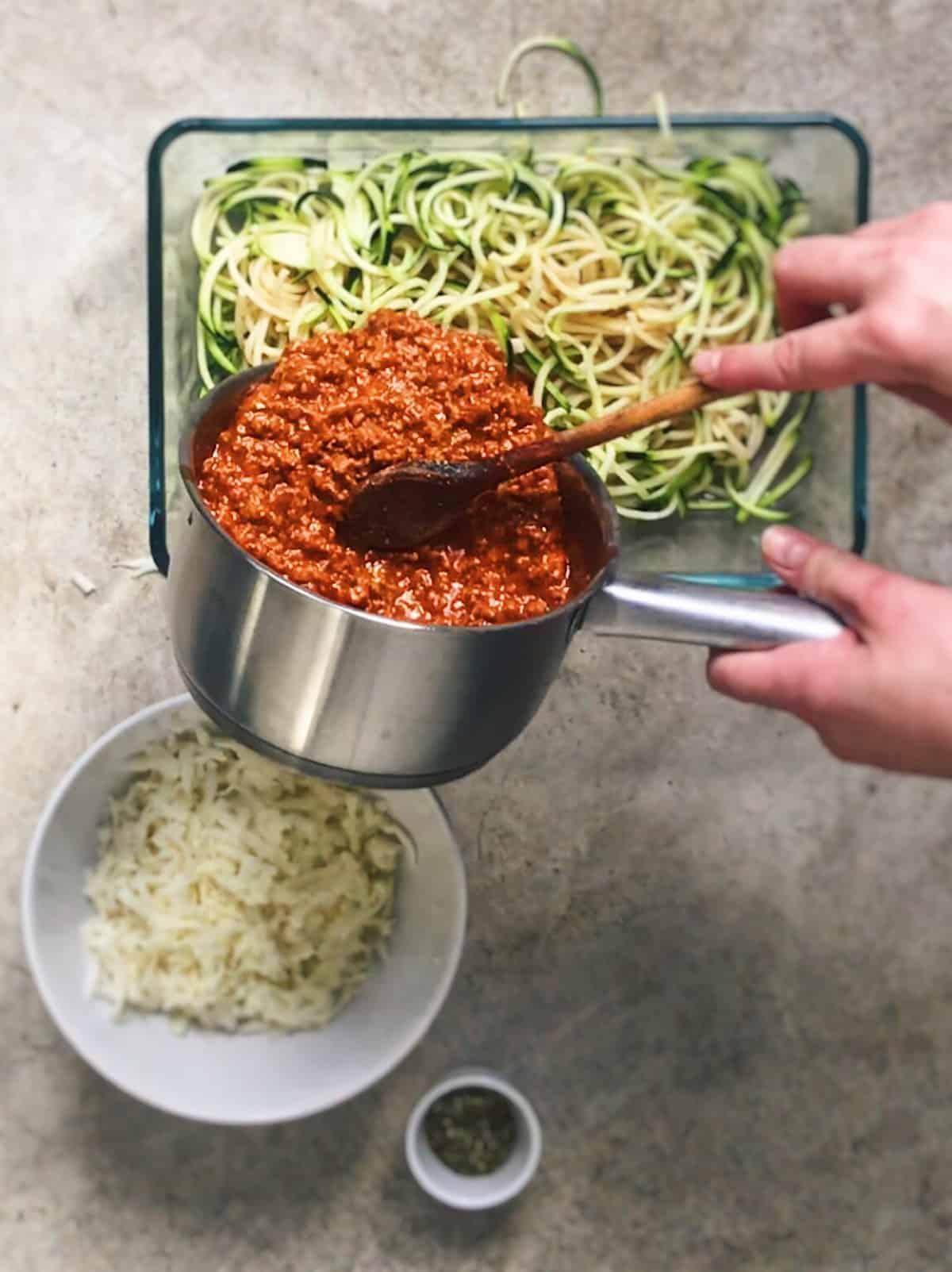 Como hacer espaguetis con carne picada