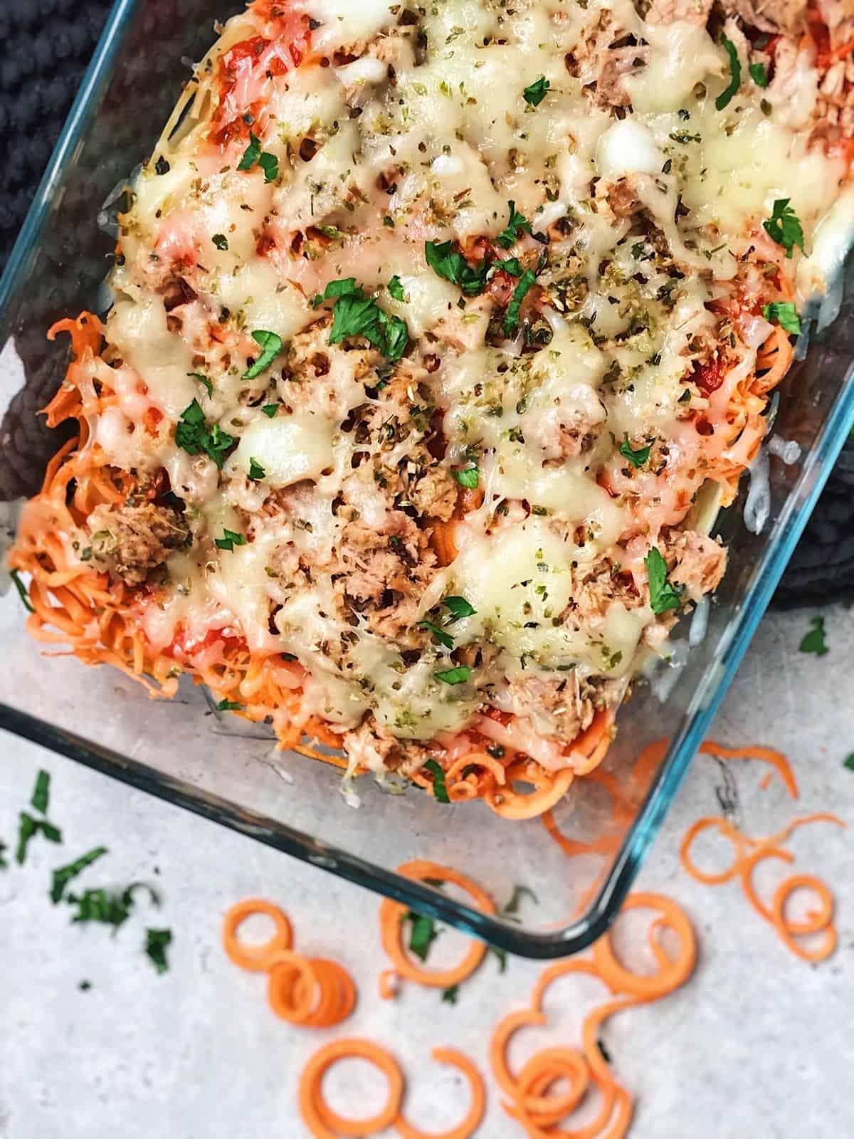 Espaguetis de zanahoria atun y queso