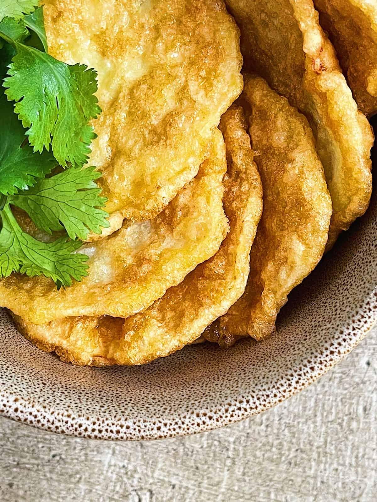 Calabacin rebozado frito con harina