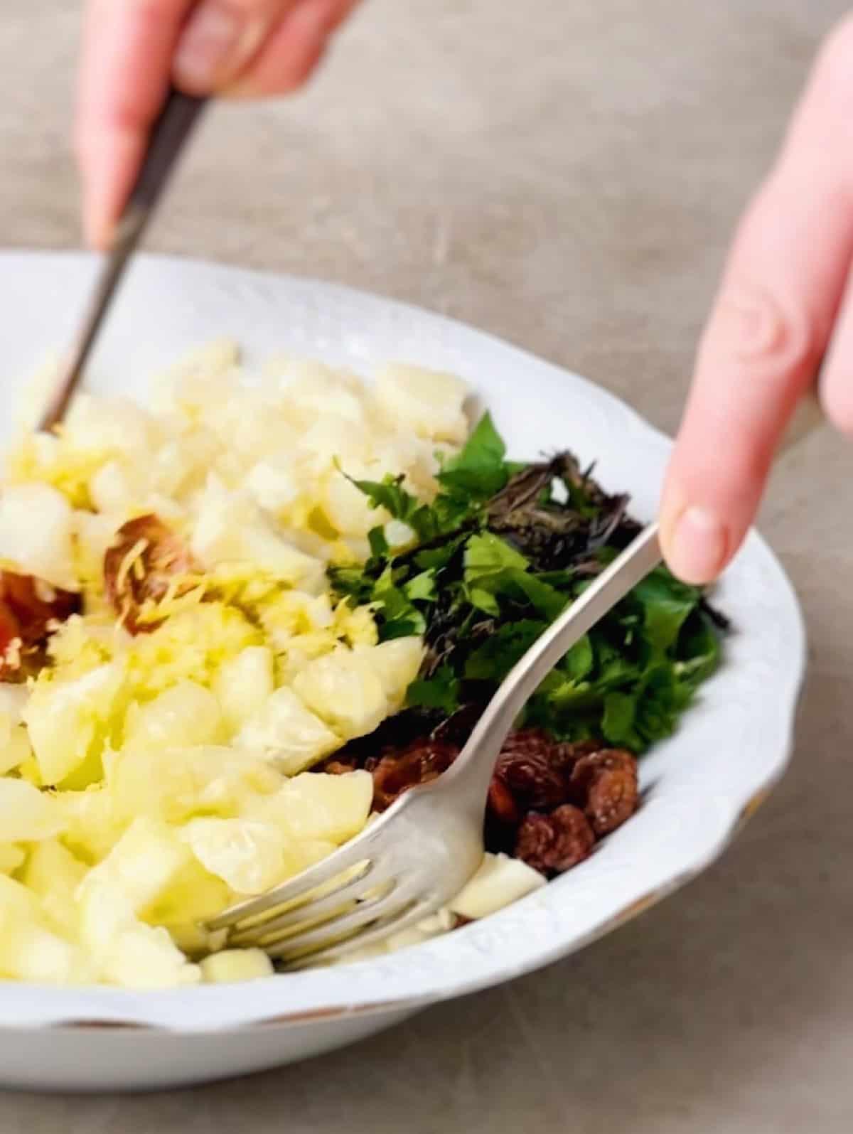 Ensalada vegana de coliflor